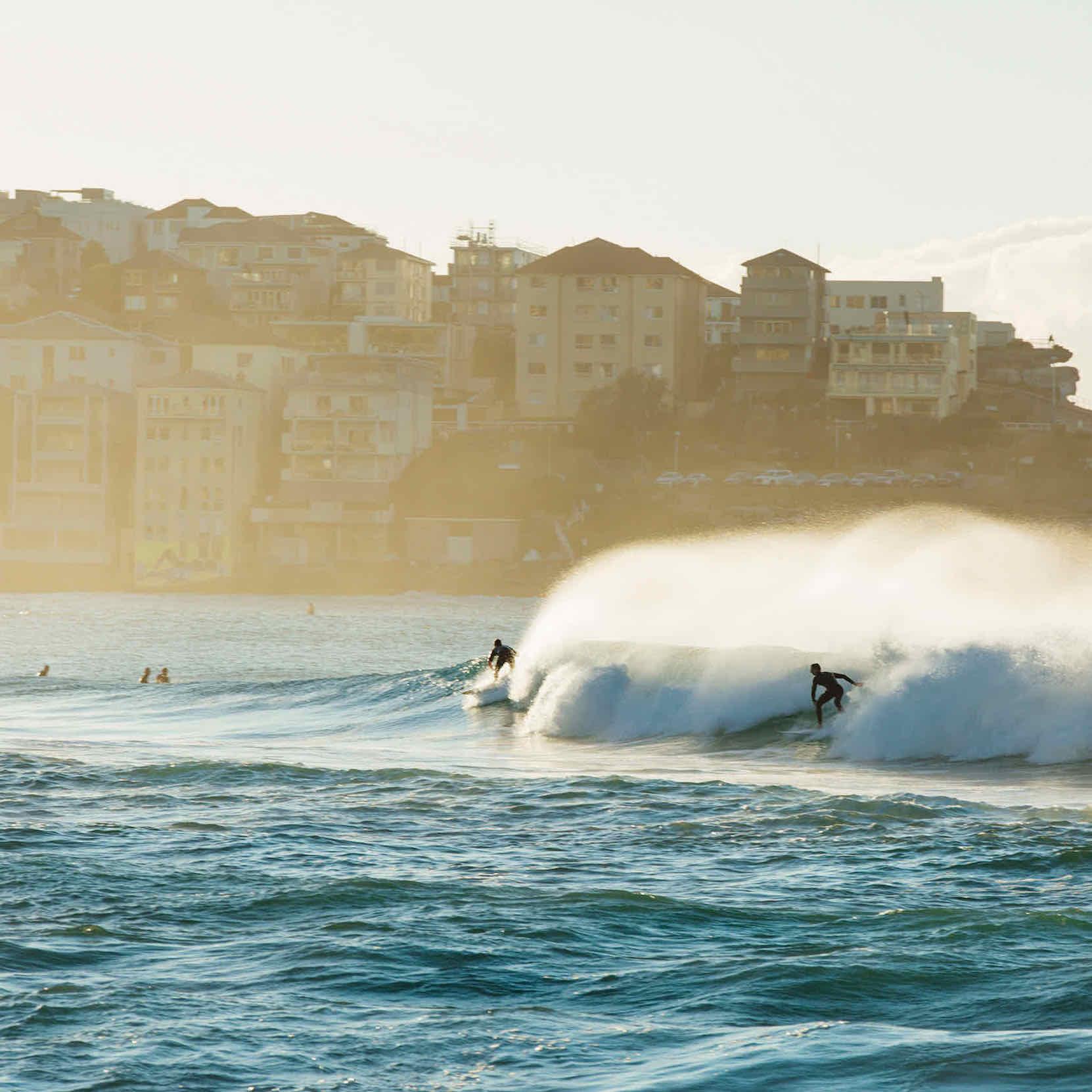 sq-surfing-sydneys-beaches-destinationNSW-photo-credit