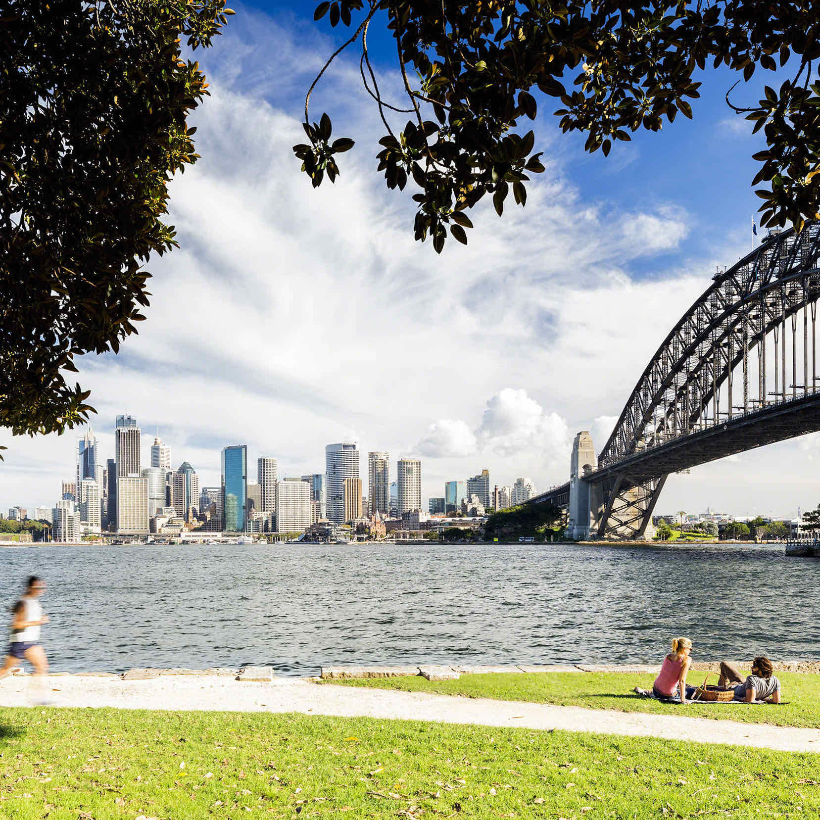 sq-sydney-harbour-picnic-at-kirribilli-park-steve-back-destinationNSW-photo-credit